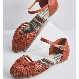 NIB Modcloth brown leather sandals